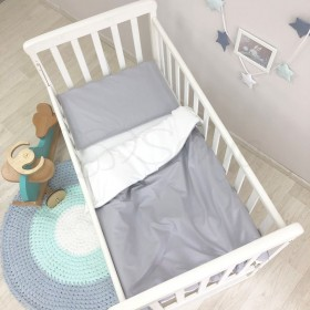 Сменный комплект в детскую кроватку серый