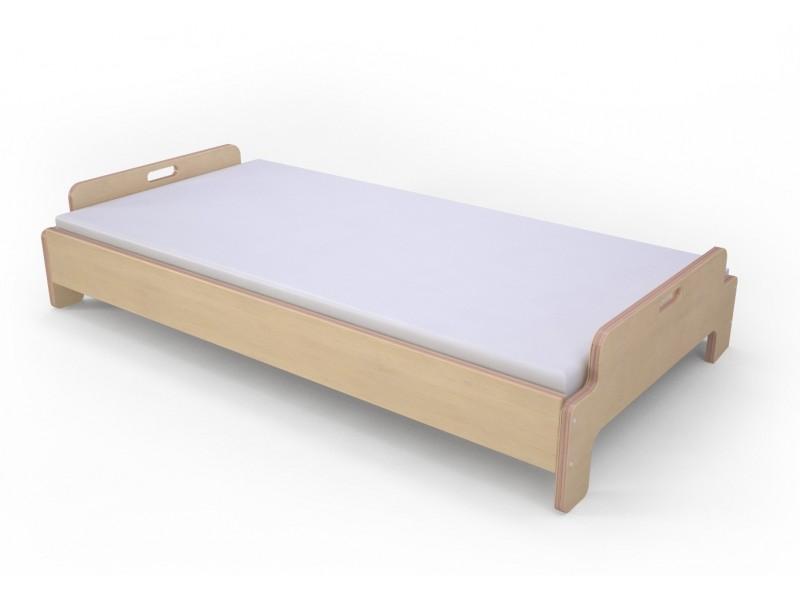 Кроватка детская фигурная